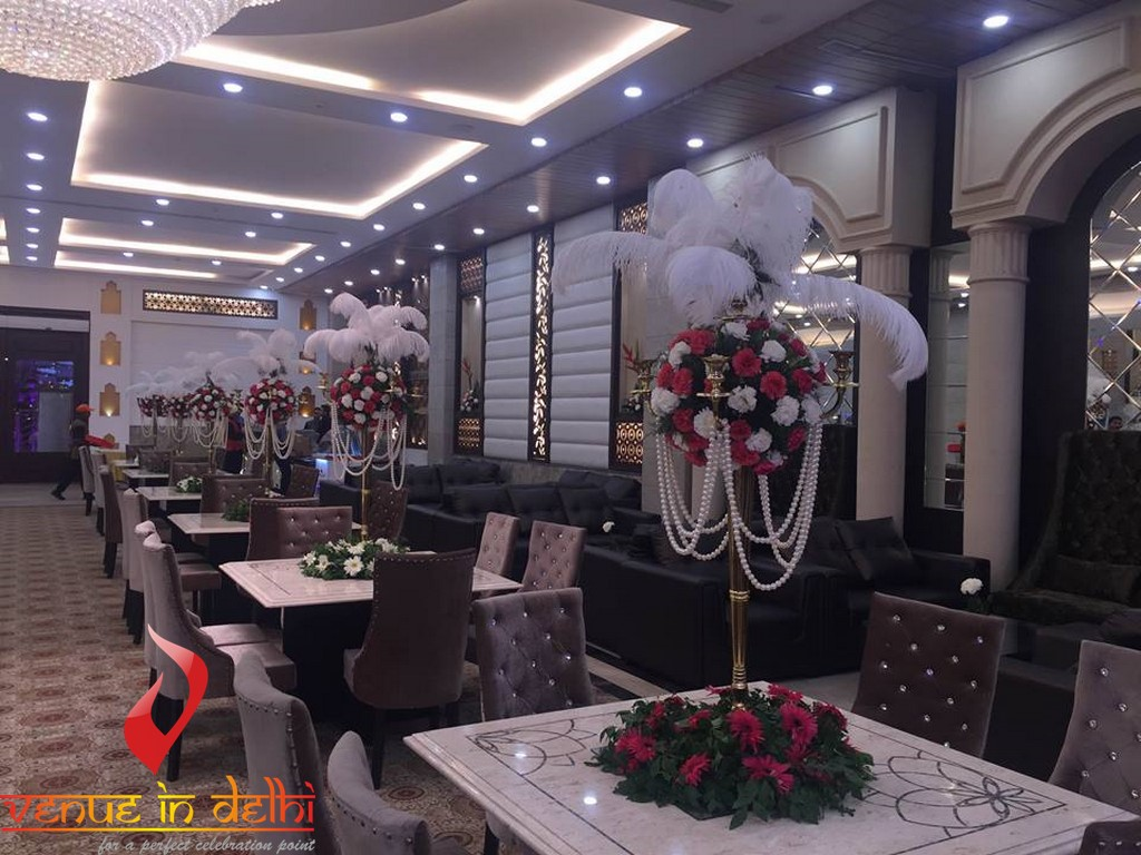 Majestic crown banquet hall in moti nagar west delhi we are working from 5 years as wedding planner in delhi and we have a huge list of top wedding venues in delhi ncr stopboris Image collections